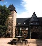 Schloss Sanierung, Schütz Referenz, Dachdeckermeister