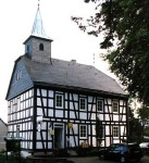 Fachwerkhaus, Kirche Sanierung, Faserzement Dach